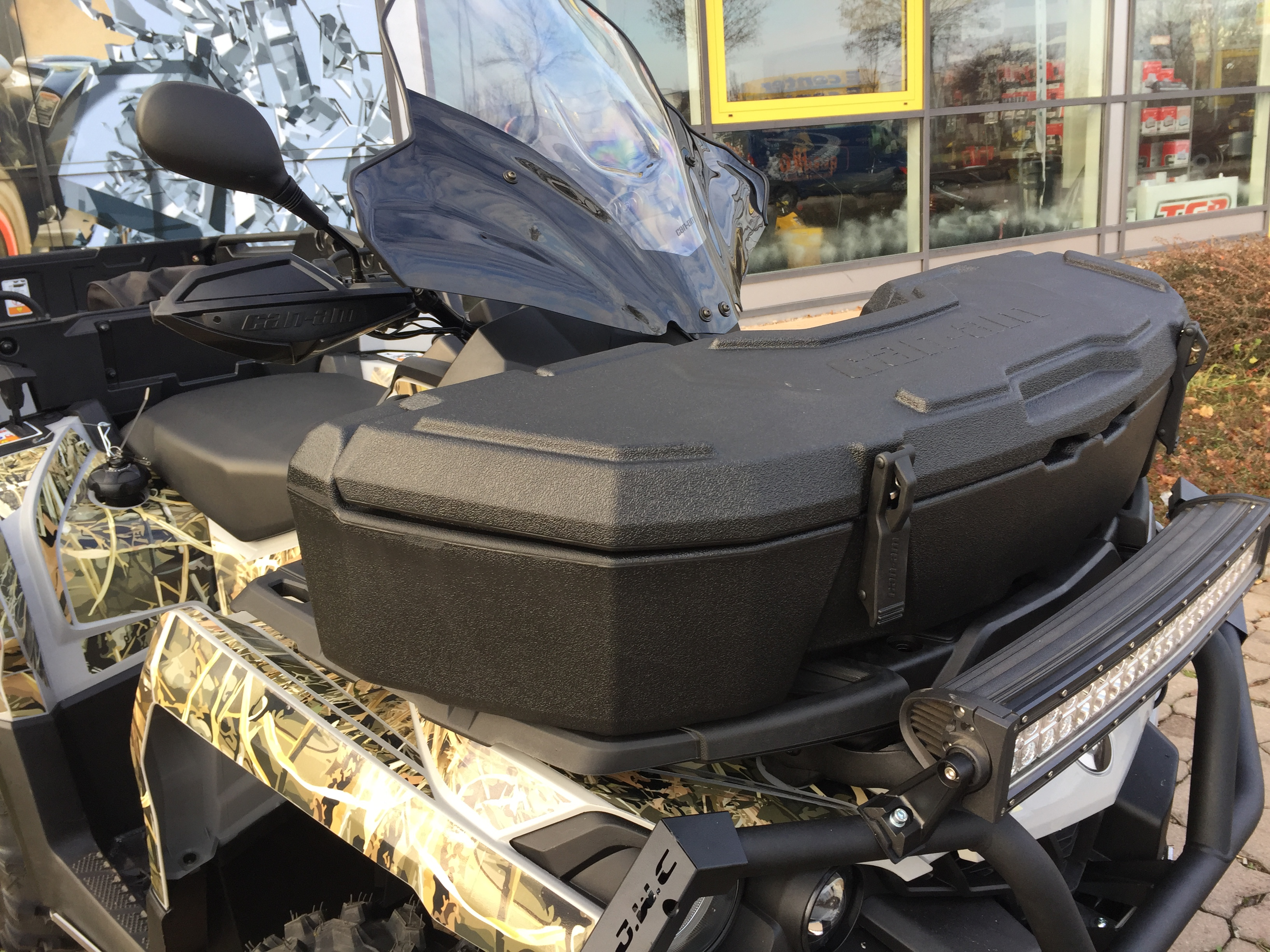 Can Am Outlander 6x6 Front Box
